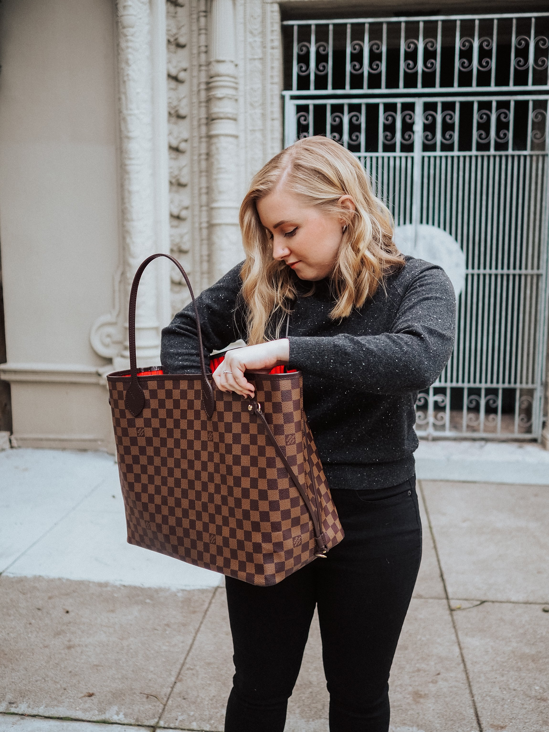 Curious what it's like to buy a used designer handbag on Fashionphile? Check out all the pros and cons of Fashionphile in this Fashionphile review!