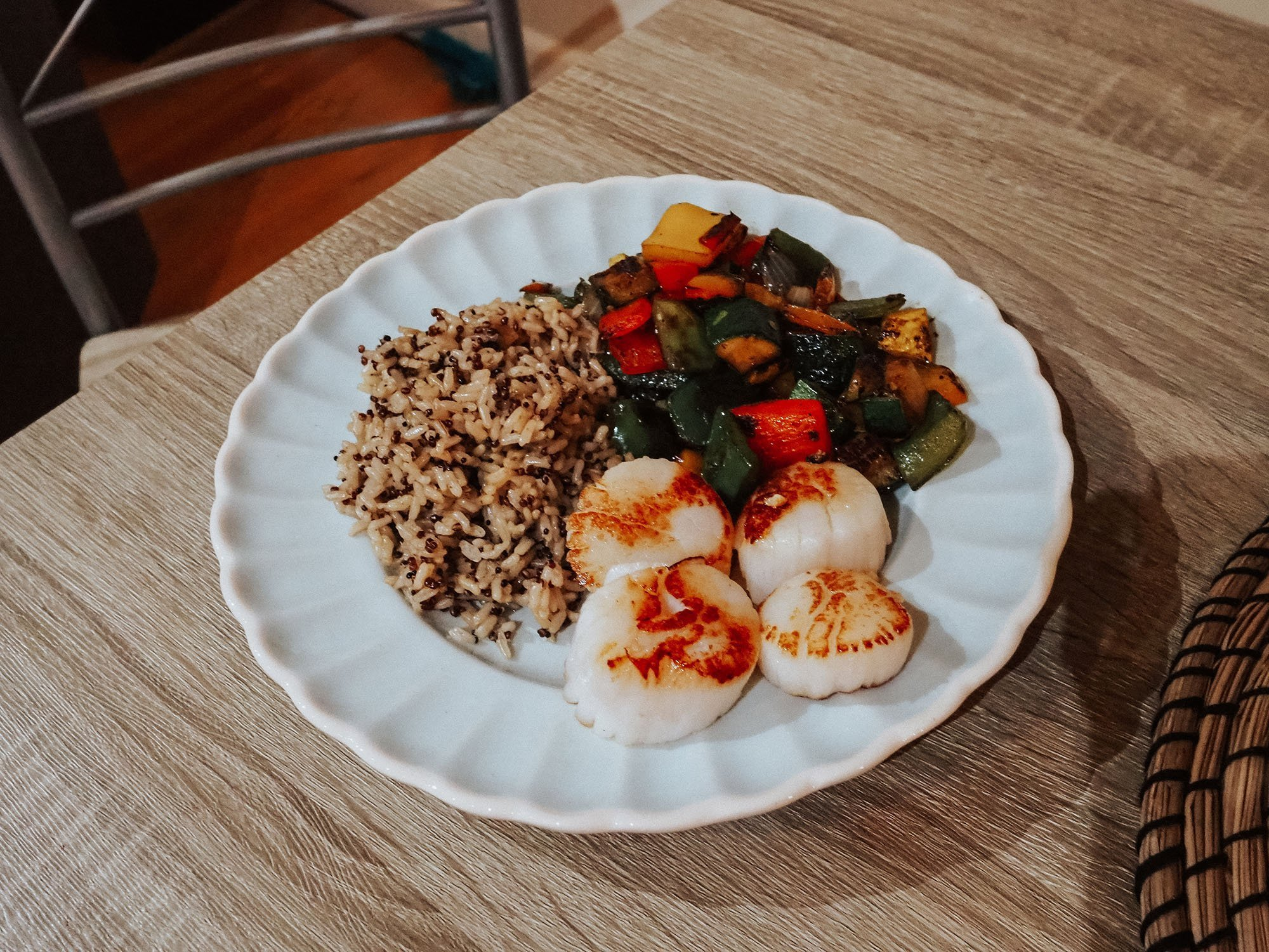 This easy scallops recipe will be your new go to dinner dish. Pan seared scallops are healthy, quick, and easy to make!