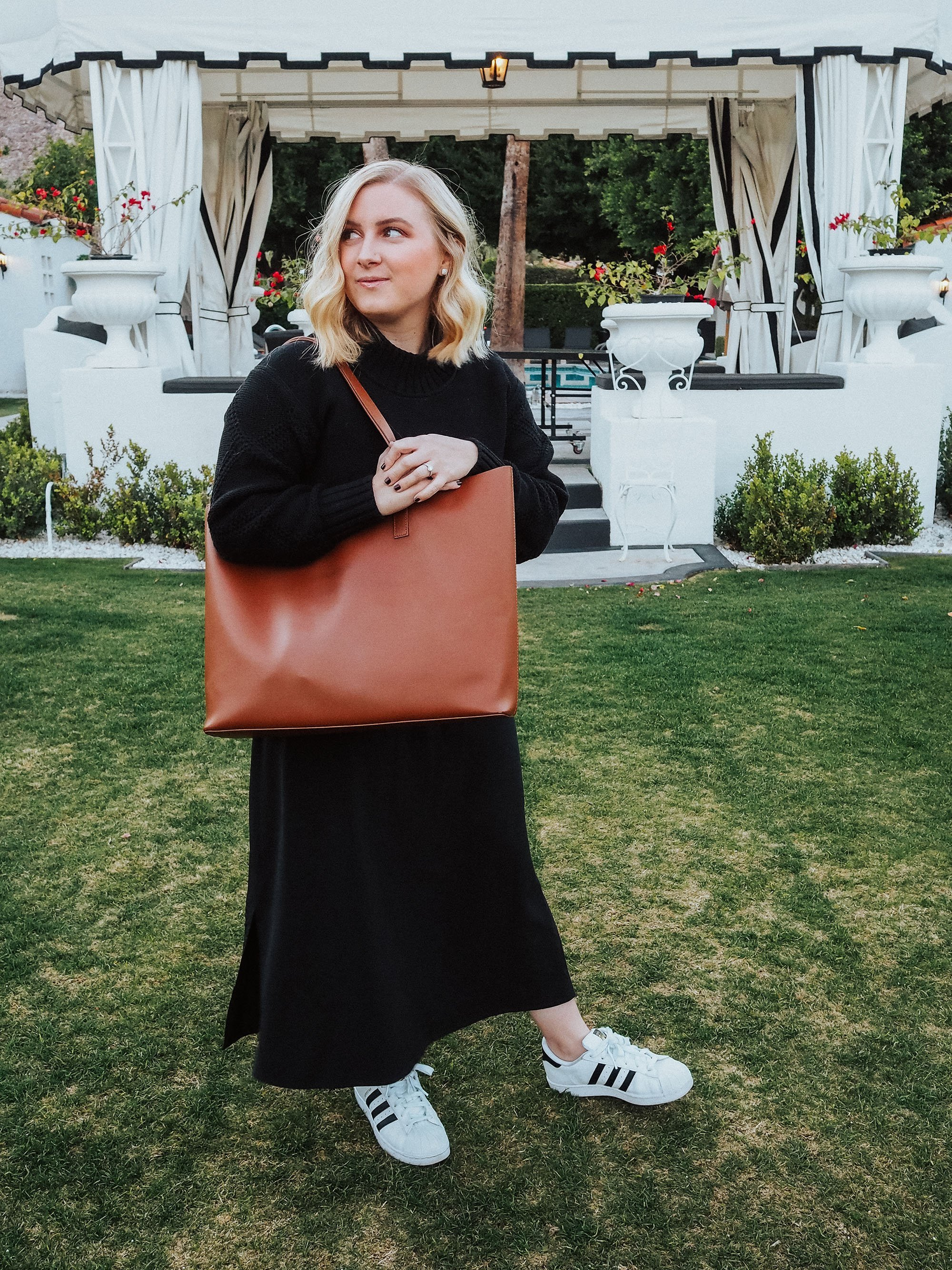 Find out if the Everlane Day Market Tote is worth it in this review