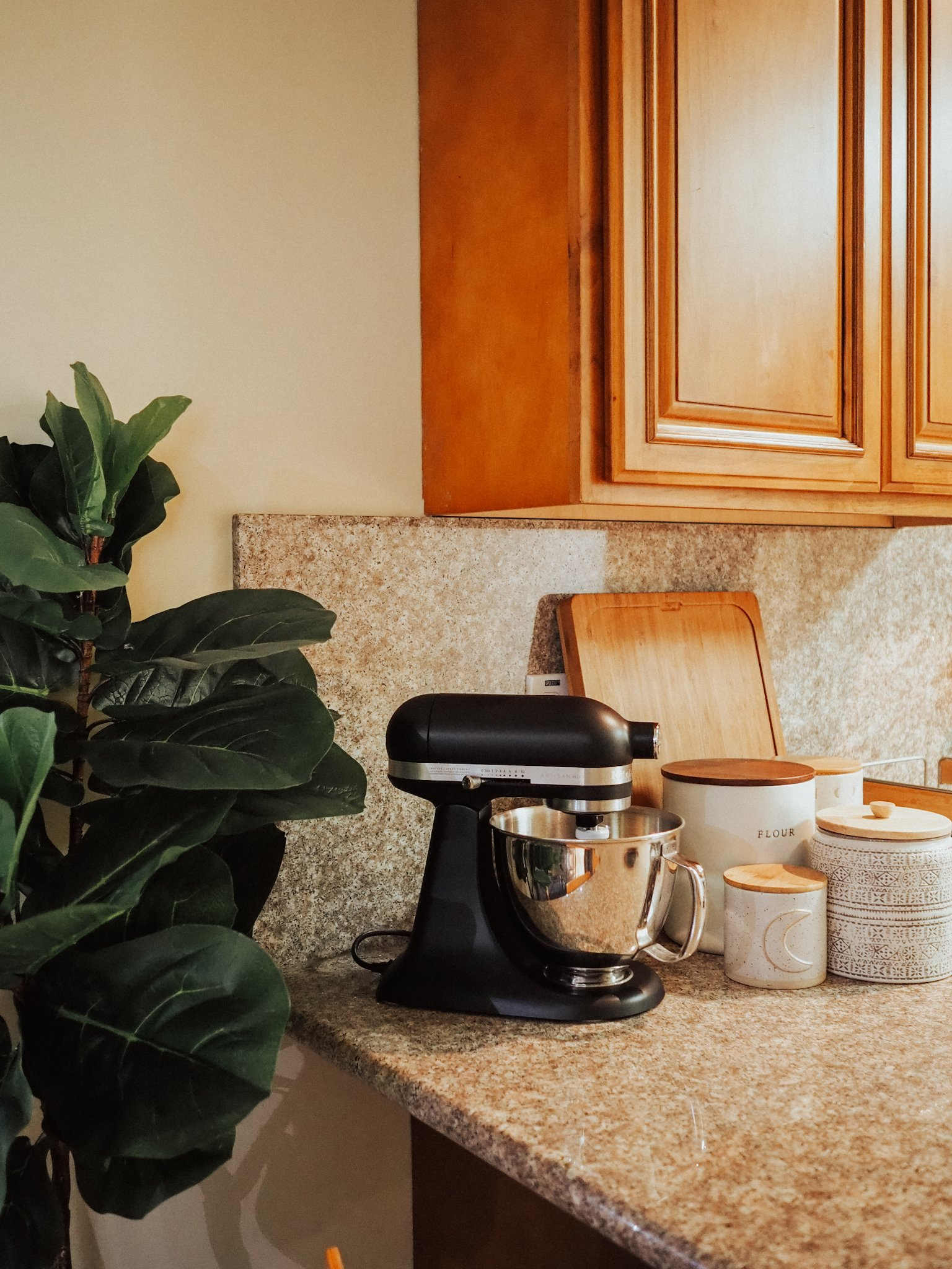 Curious if the KitchenAid Artisan Mini Stand Mixer is as good as the full size? Find out in this KitchenAid Artisan Mini review!