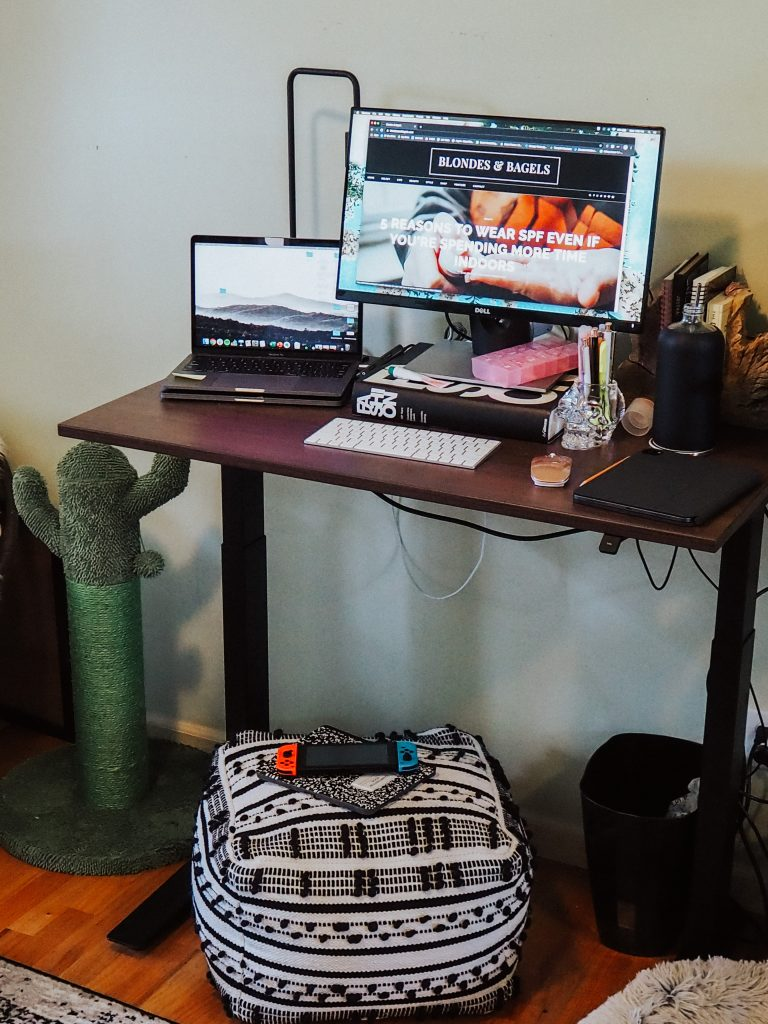 Kelsey from Blondes & Bagels breaks down if the Fully standing desk is worth it in this comprehensive review of the most affordable laminate standing desk!