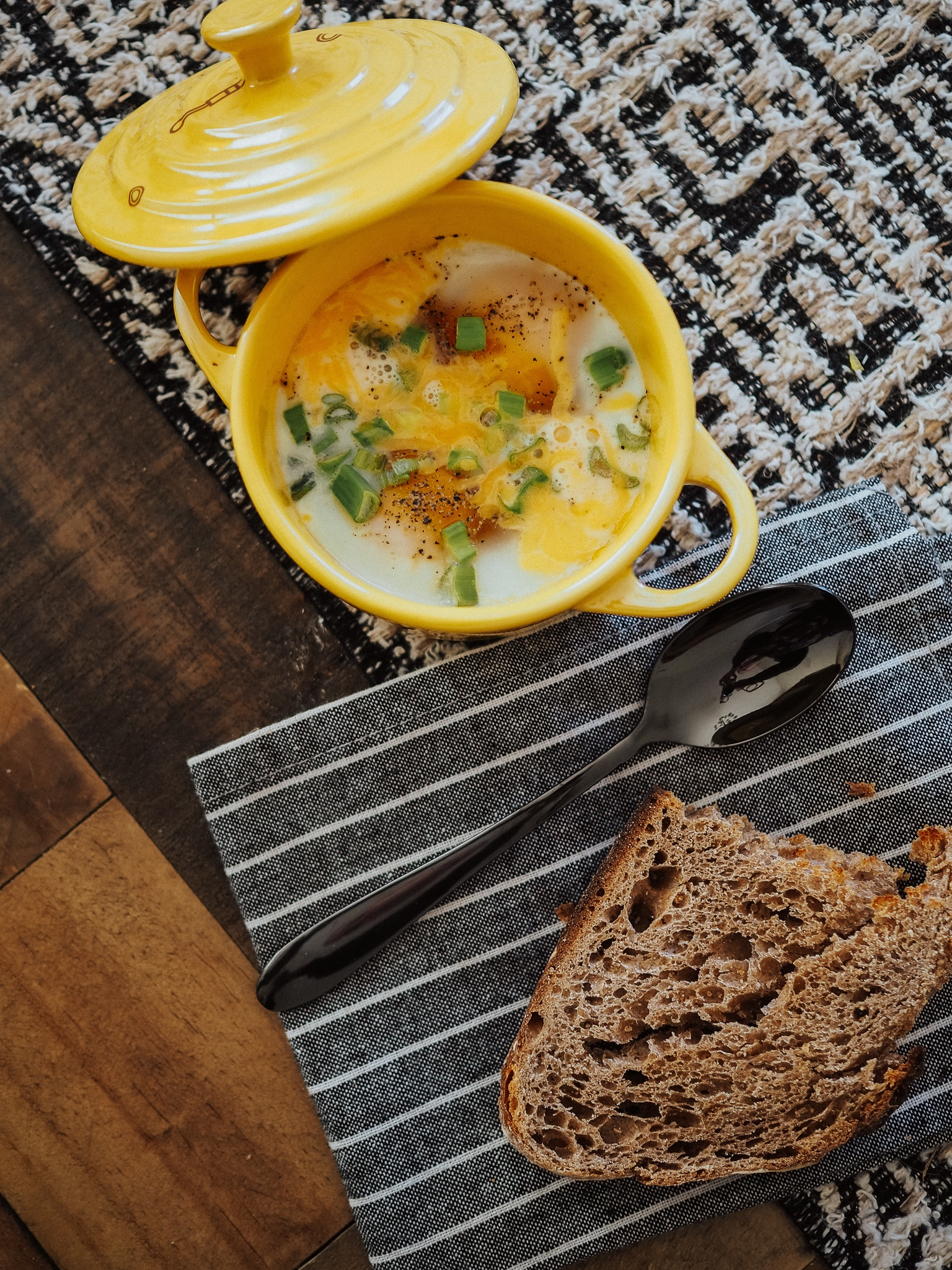 Make delicious Oeuf en Cocotte at home with this easy recipe! Kelsey from Blondes & Bagels teaches a simple Oeuf en Cocotte recipe.