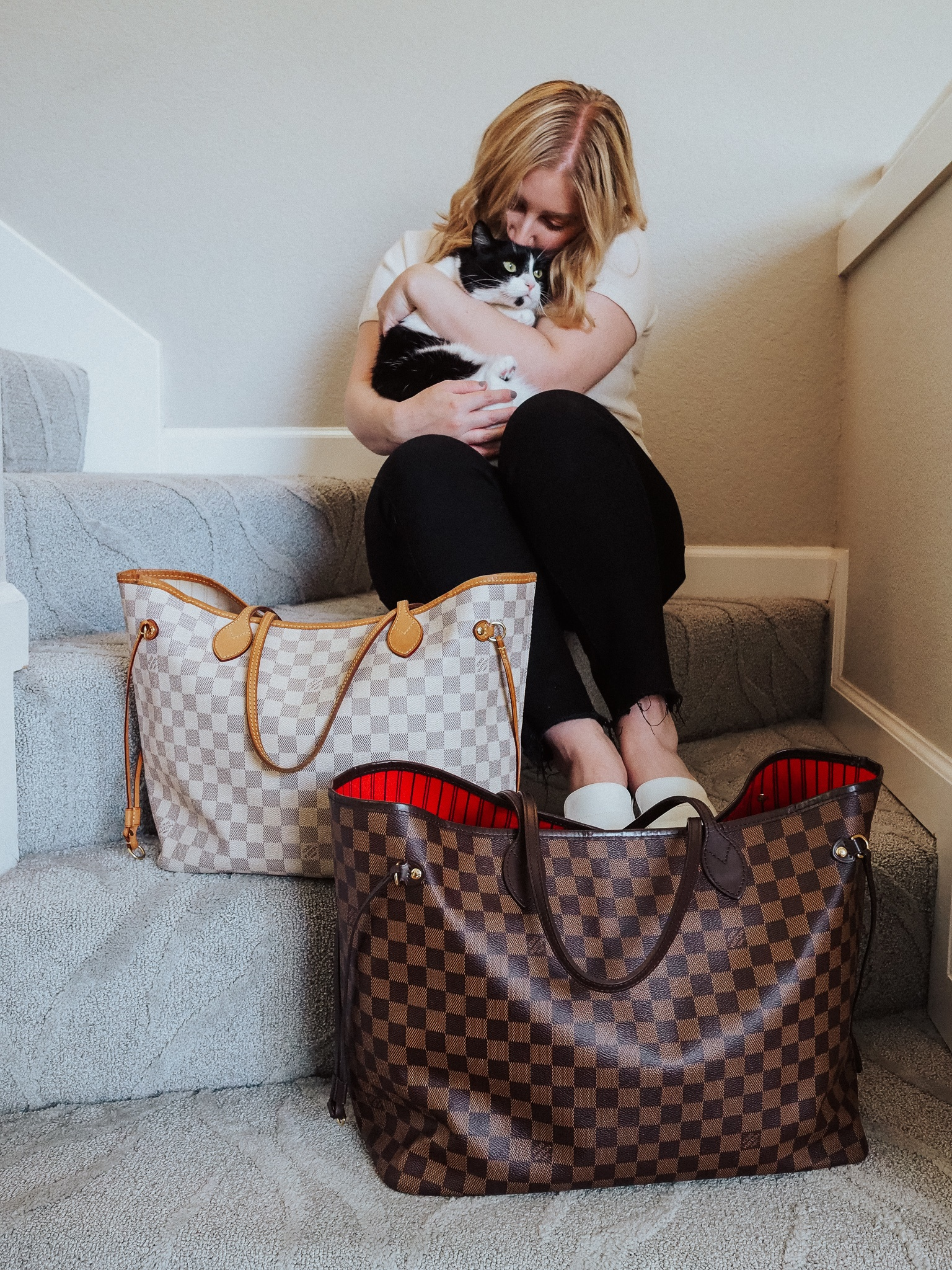 Snag the best Louis Vuitton dupes to save on your favorite handbag styles. Kelsey from Blondes & Bagels shares her favorites.