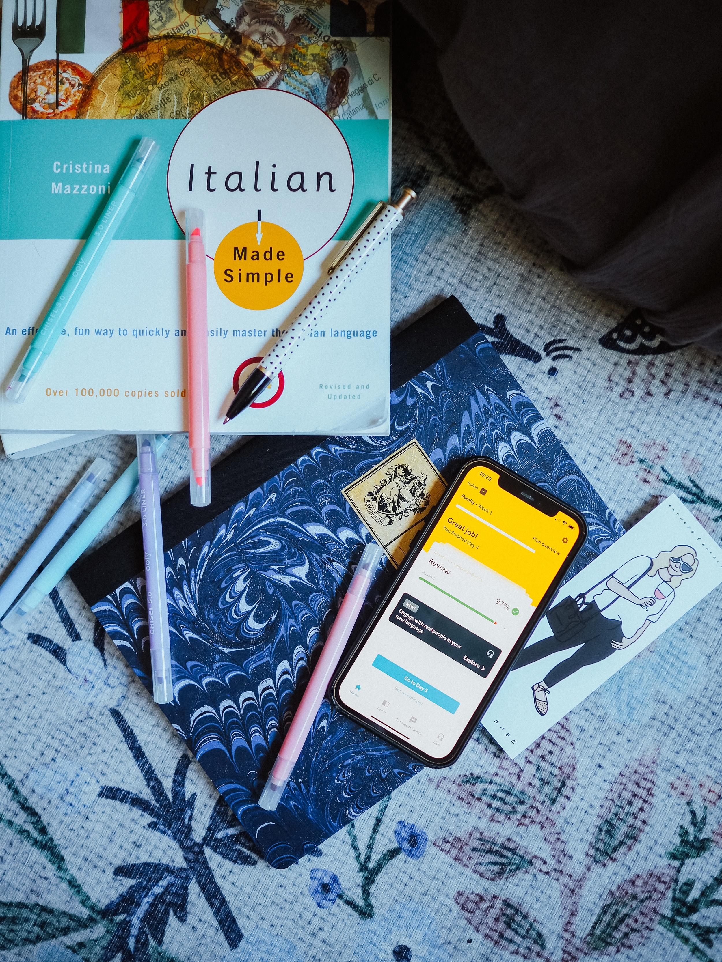Find out how to learn Italian - no gimmicks! Kelsey from Blondes & Bagels highlights how to learn Italian efficiently while keeping it fun.