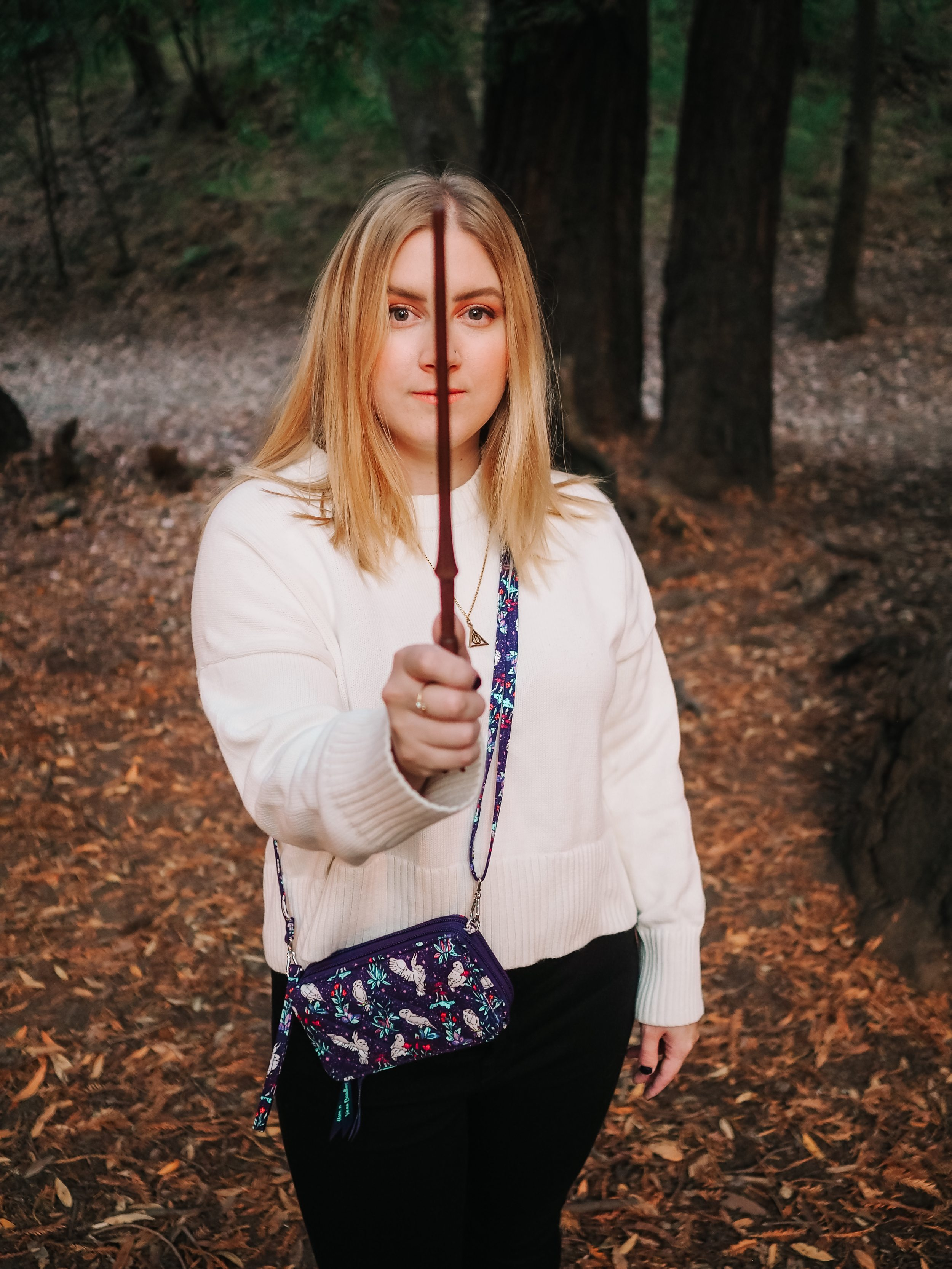 Kelsey from Blondes & Bagels showcases the new Forbidden Forest inspired Vera Bradley Harry Potter collection, packed with magical creatures.